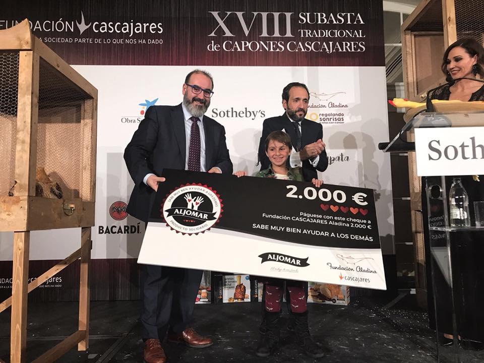Aljomar entrega 2.000 € a la fundacion Aladina / Cascajares