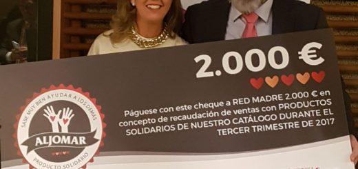 Aljomar entrega el cheque solidario a Red Madre Salamanca